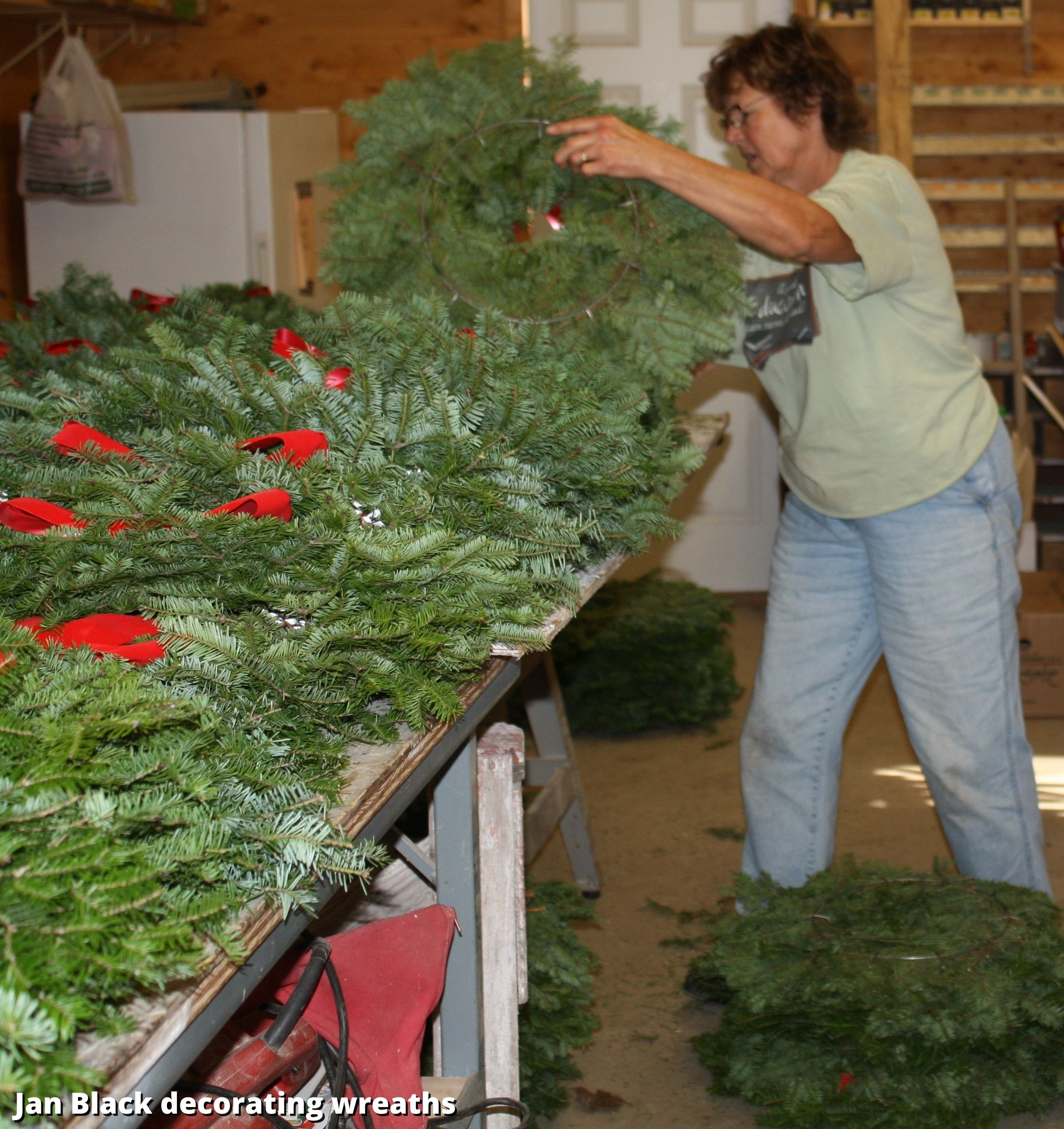 jan with wreaths